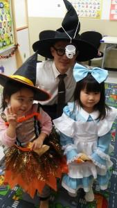 かわいい魔女とプリンセス!まるで教室はおとぎの国みたい♪(札内)
